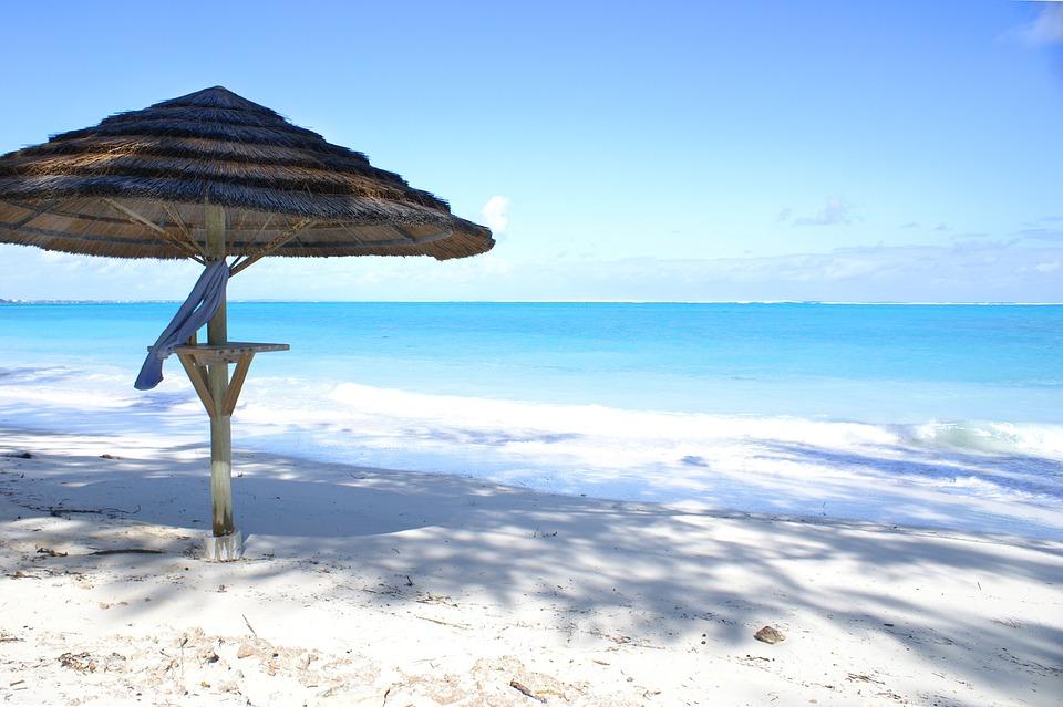 Grace Bay Beach – Providenciales, Islas Turcas y Caicos. Las mejores playas del mundo