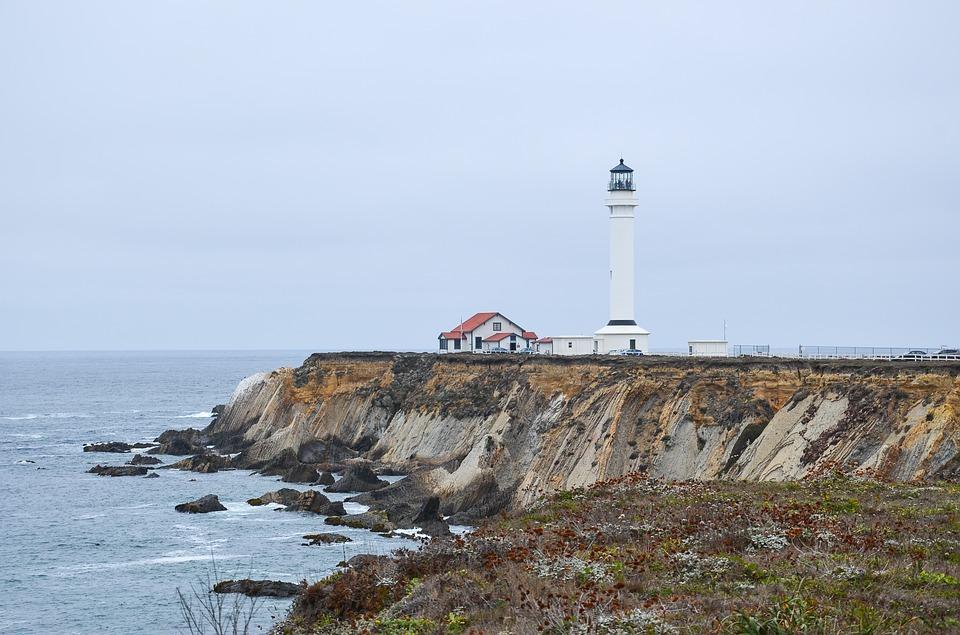 Pigeon Point Lighthouse – Montara, California. hostales más originales