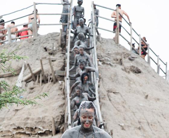 ingreso al volcán del totumo