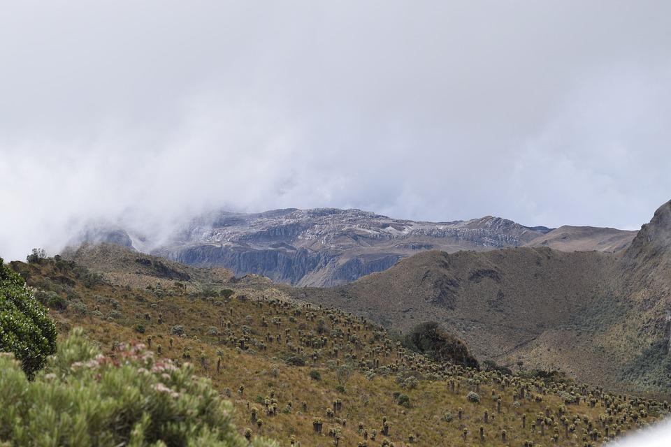 parque los nevados senderismo en colombia