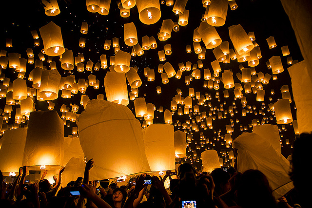 Festival Yi Peng. fiestas en el mundo